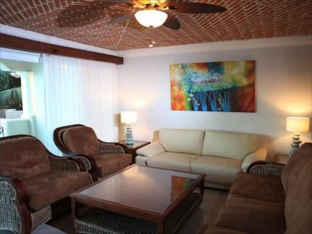Interior view Encanto Aventuras Club All Suites Resort