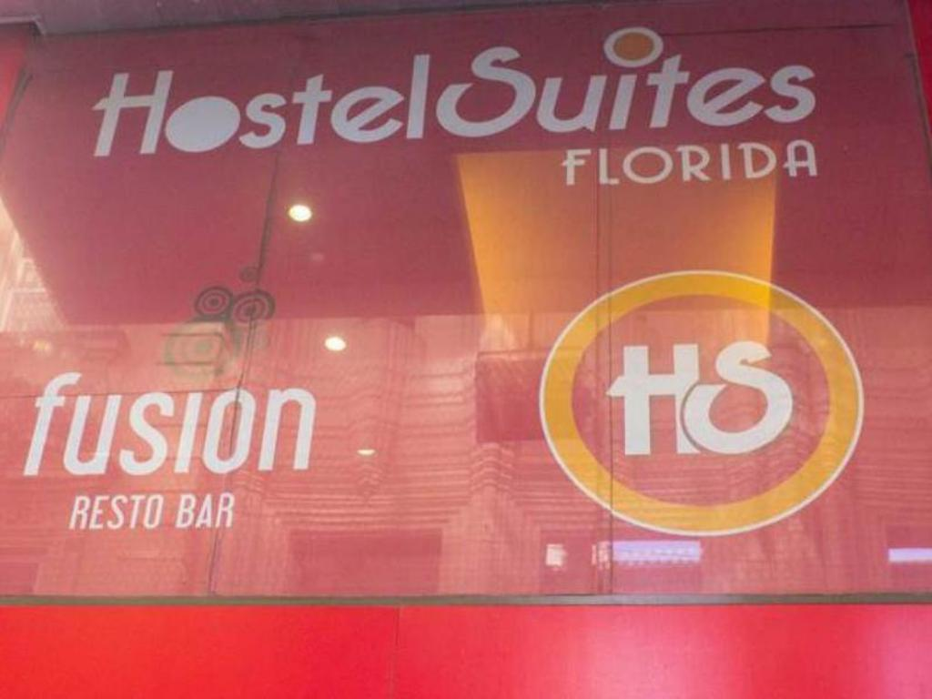Exterior view Hostel Suites Florida