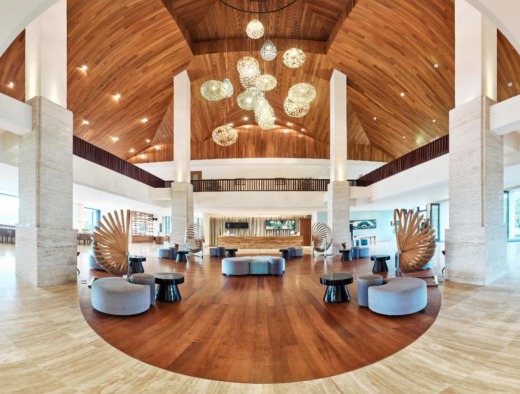 Lobby Pullman Danang Beach Resort