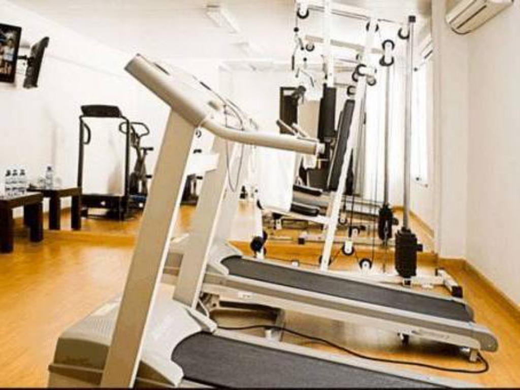 Fitness center Urquiza Apart Hotel & Suites