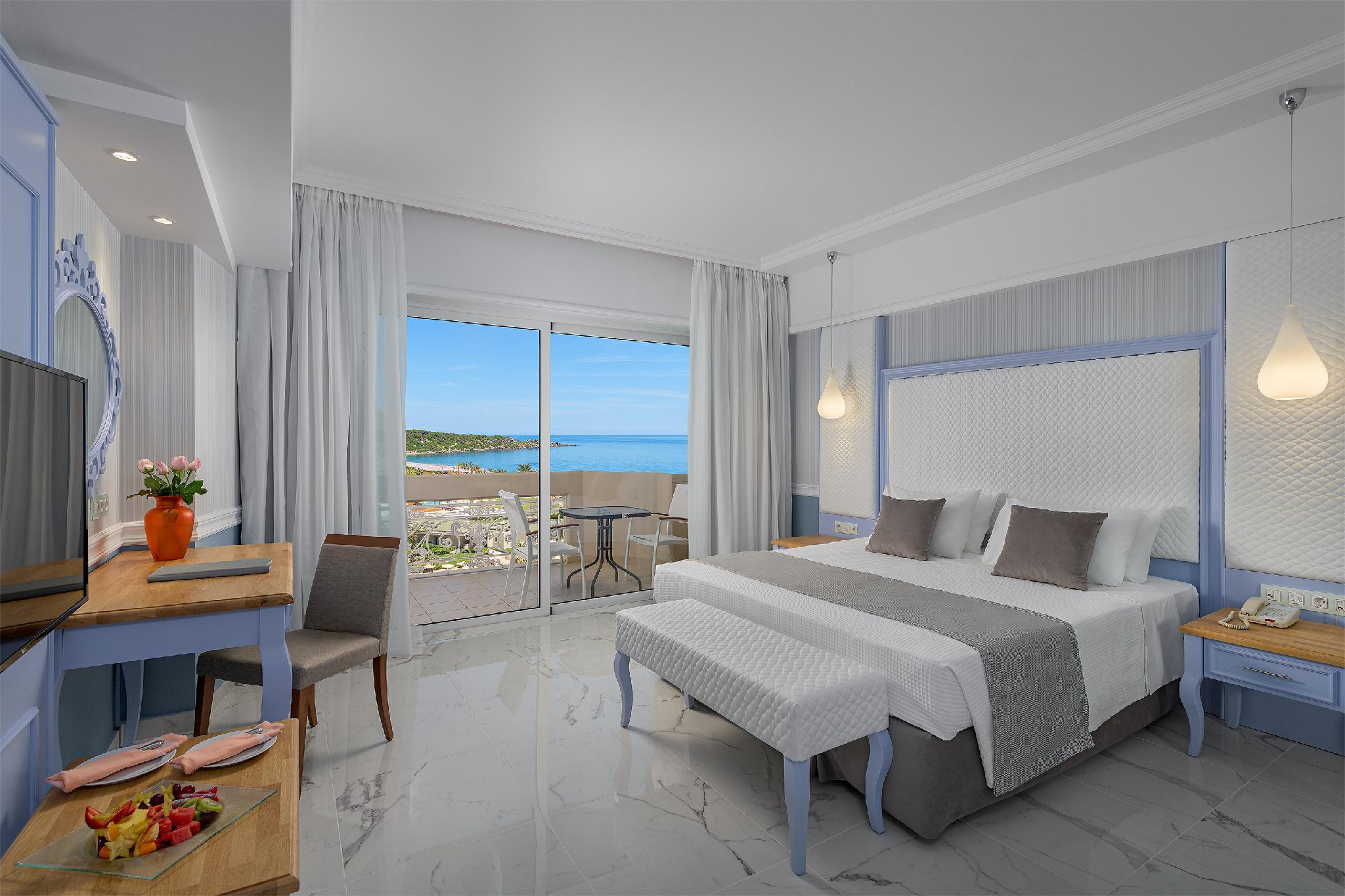 Suíte Júnior com vista para o mar (Junior Suite Sea View)