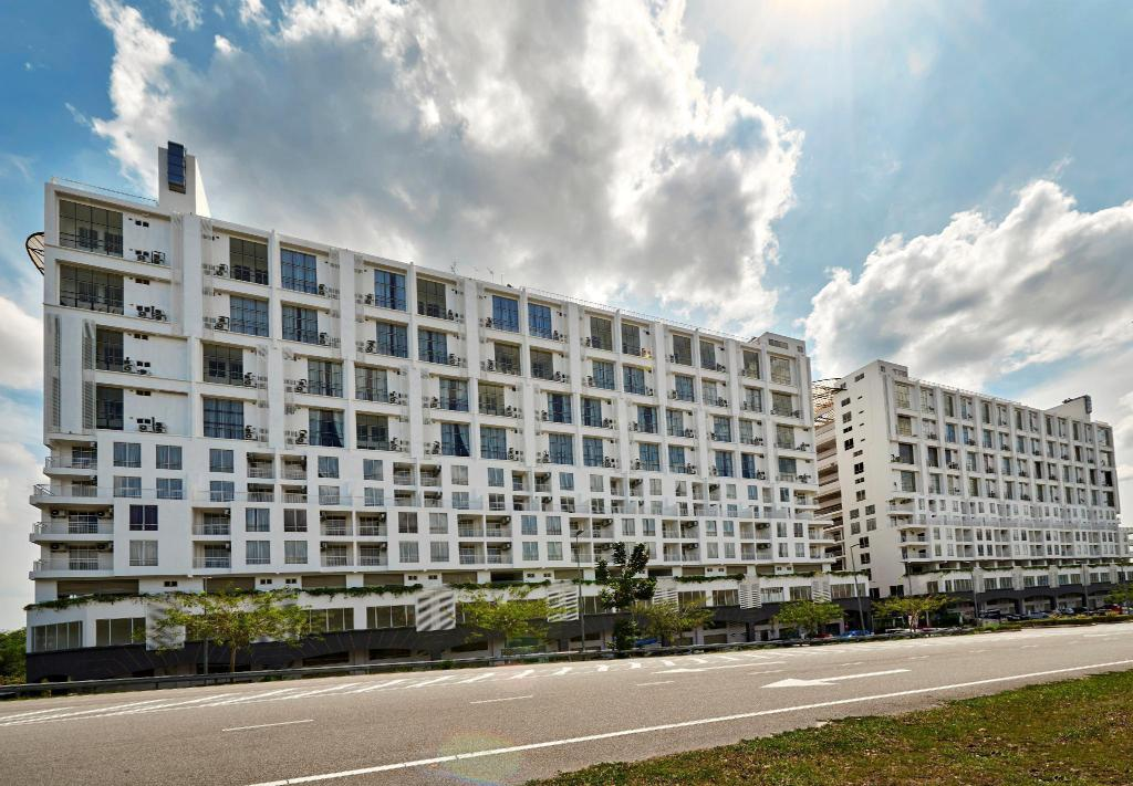 Hotel MetraSquare in Malacca - Room Deals, Photos & Reviews