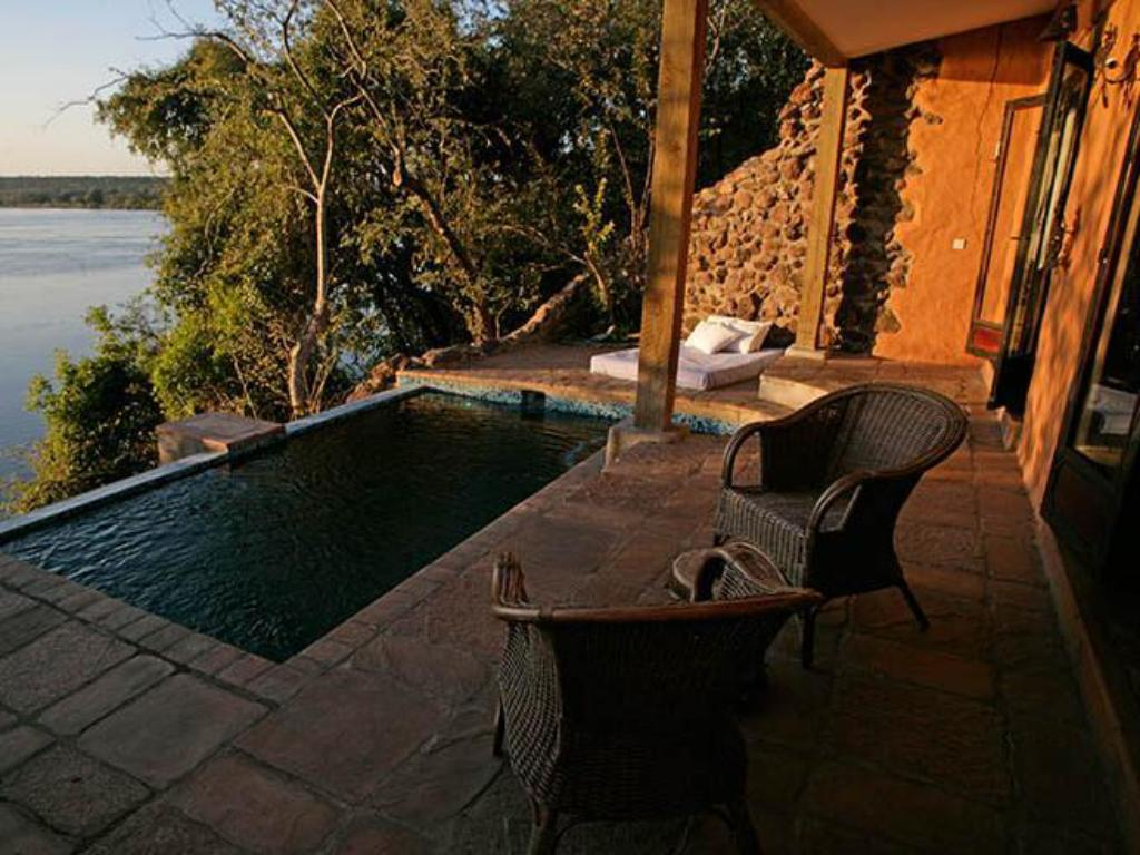 Swimming pool Tongabezi