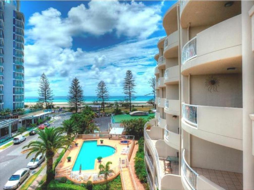 Mer om Kirra Beach Apartments