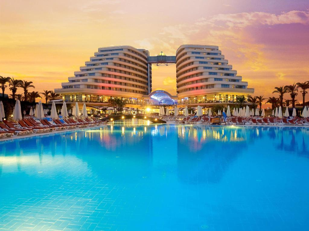 Miracle Resort Hotel Antalya Lara