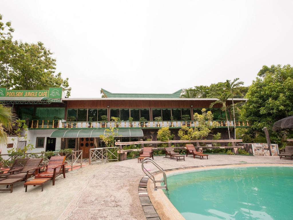 游泳池 西必洛森林度假村 (Sepilok Jungle Resort)