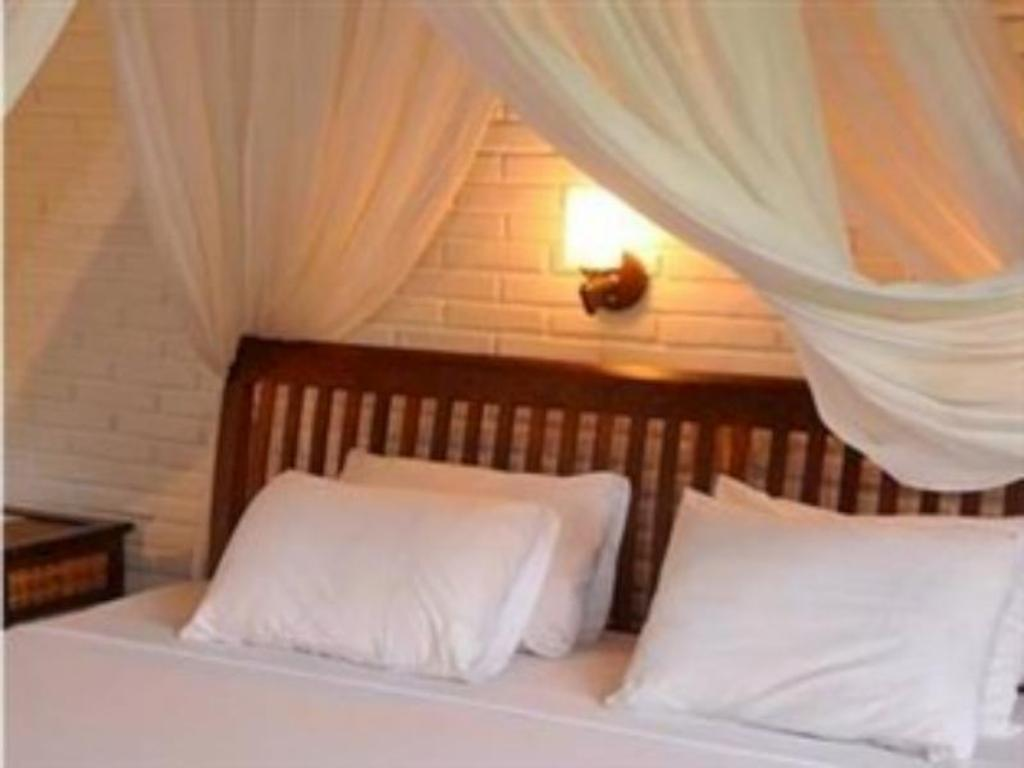 Standard Double - Air Conditioning - Bed Sri Bungalows Ubud
