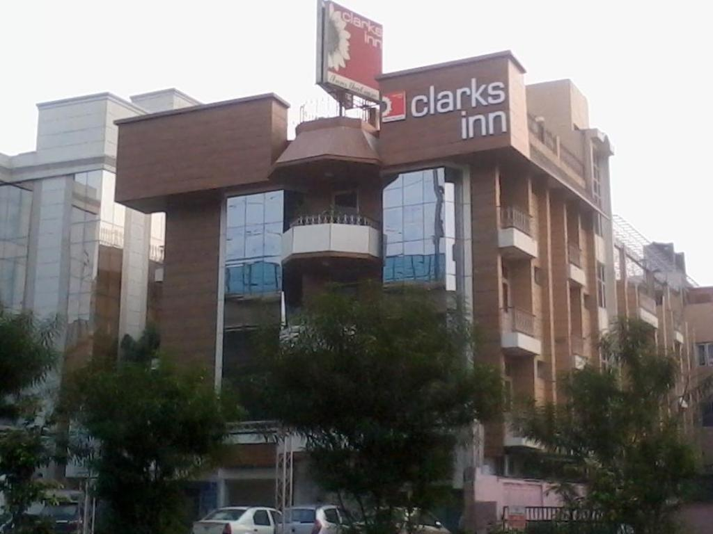 More about Clarks Inn Kailash Colony