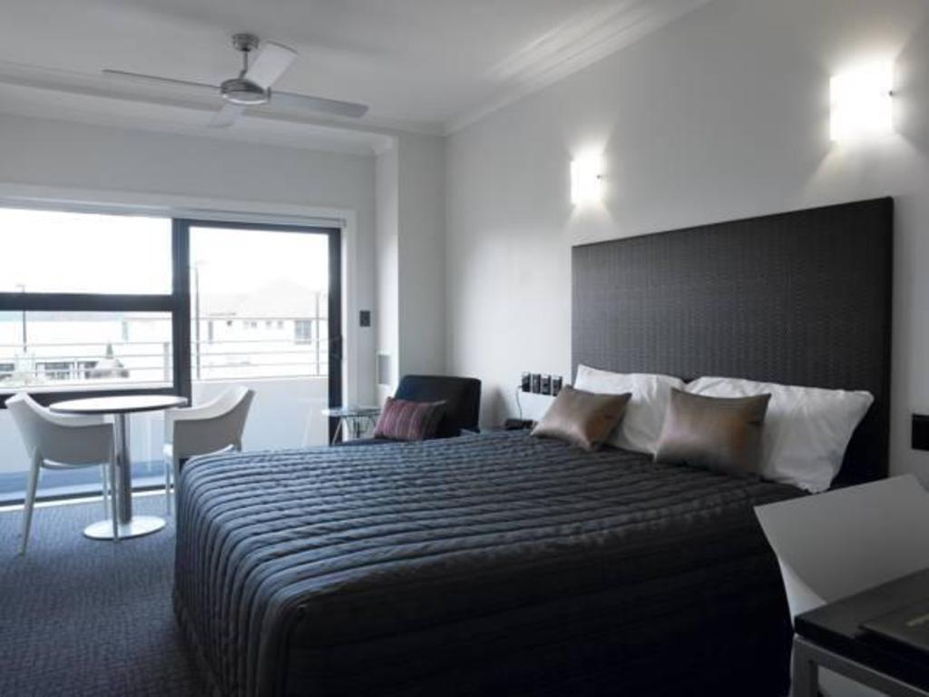 Quest Napier Hotel in New Zealand - Room Deals, Photos & Reviews