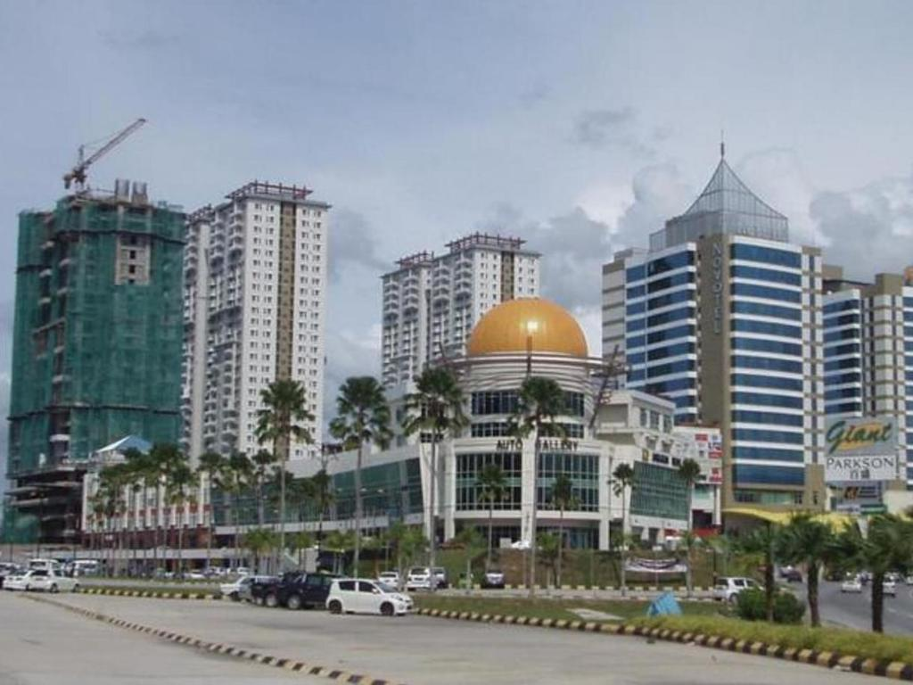 1 Borneo Tower B Service Condominiums