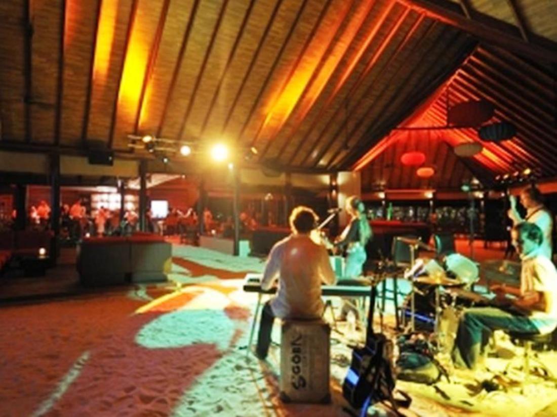 Robinson club maldives, malediven   boek een aanbieding op agoda.com