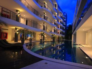 Sunset Plaza Serviced Apartments