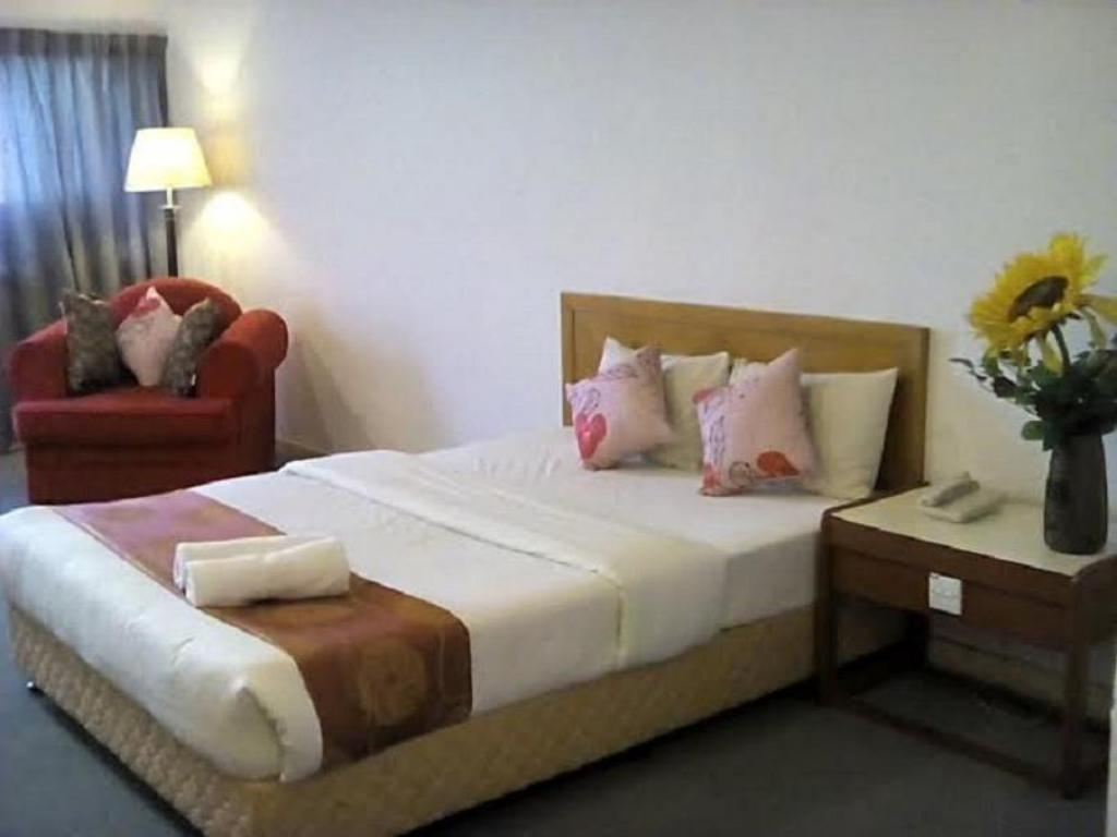 Deluxe - Bed JB Central Hotel