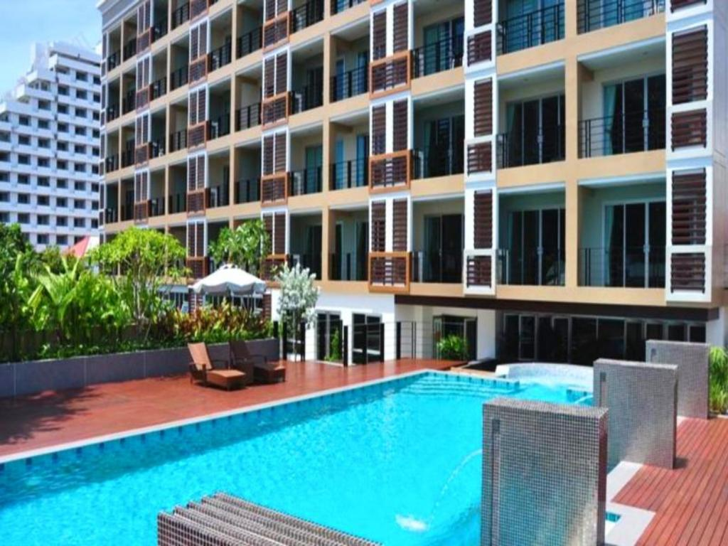 August Suites Pattaya