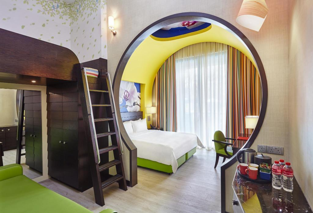 Best price on resorts world sentosa festive hotel in for World hotels deluxe