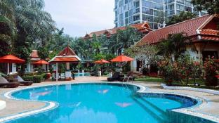 The Pe La Resort Phuket