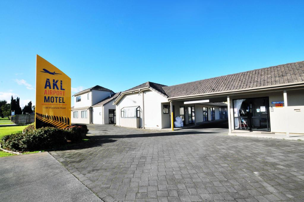 More about Auckland (AKL) Airport Motel