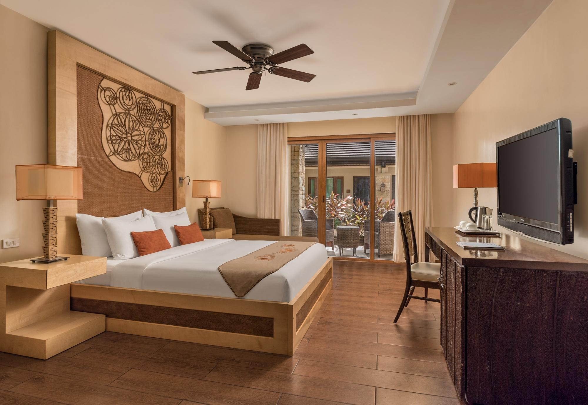 Crimson Resort And Spa In Cebu Room Deals Photos Reviews