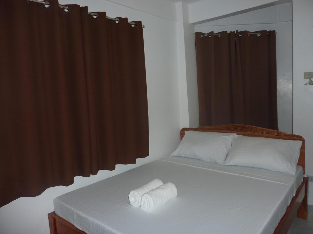 Stadard Double Room Zenith Inn & Resto Bar