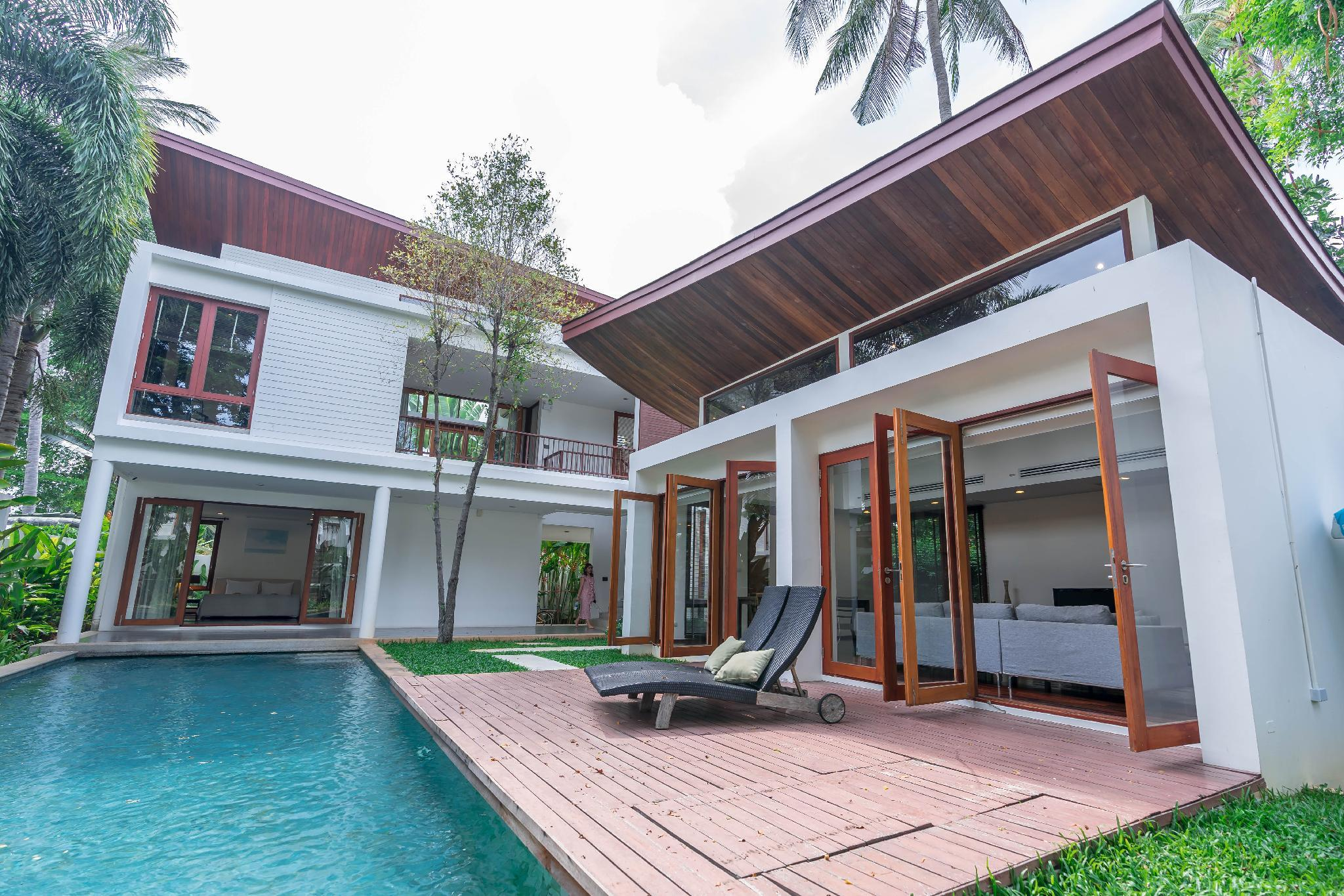 4 Bedroom Villa