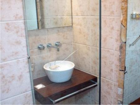 Bathroom Tayka Suites