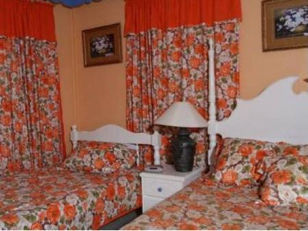 Double Room with Two Double Beds Alizé Inn