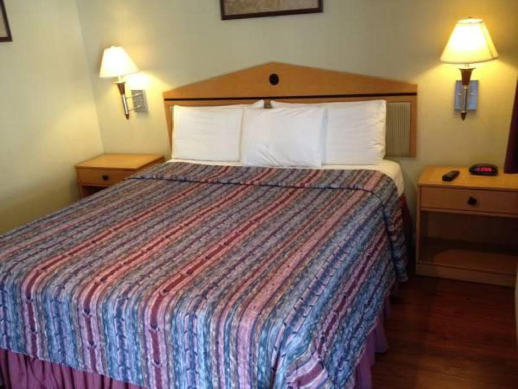 See All 32 Photos Americas Best Value Inn And Suites Healdsburg Ca