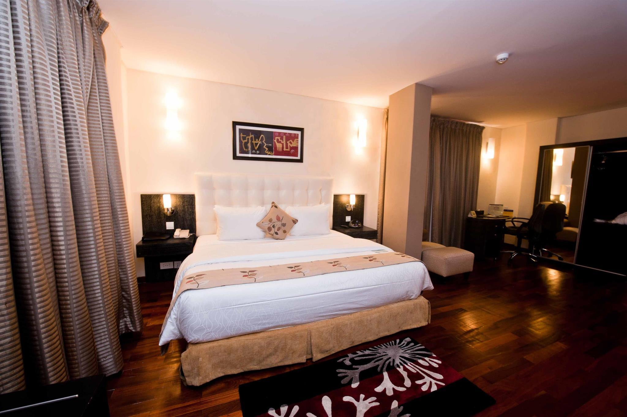 Suite con Letto Matrimoniale King Size e Angolo Cottura - Non Fumatori (Suite with 1 King bed and Kitchenette - No Smoking)