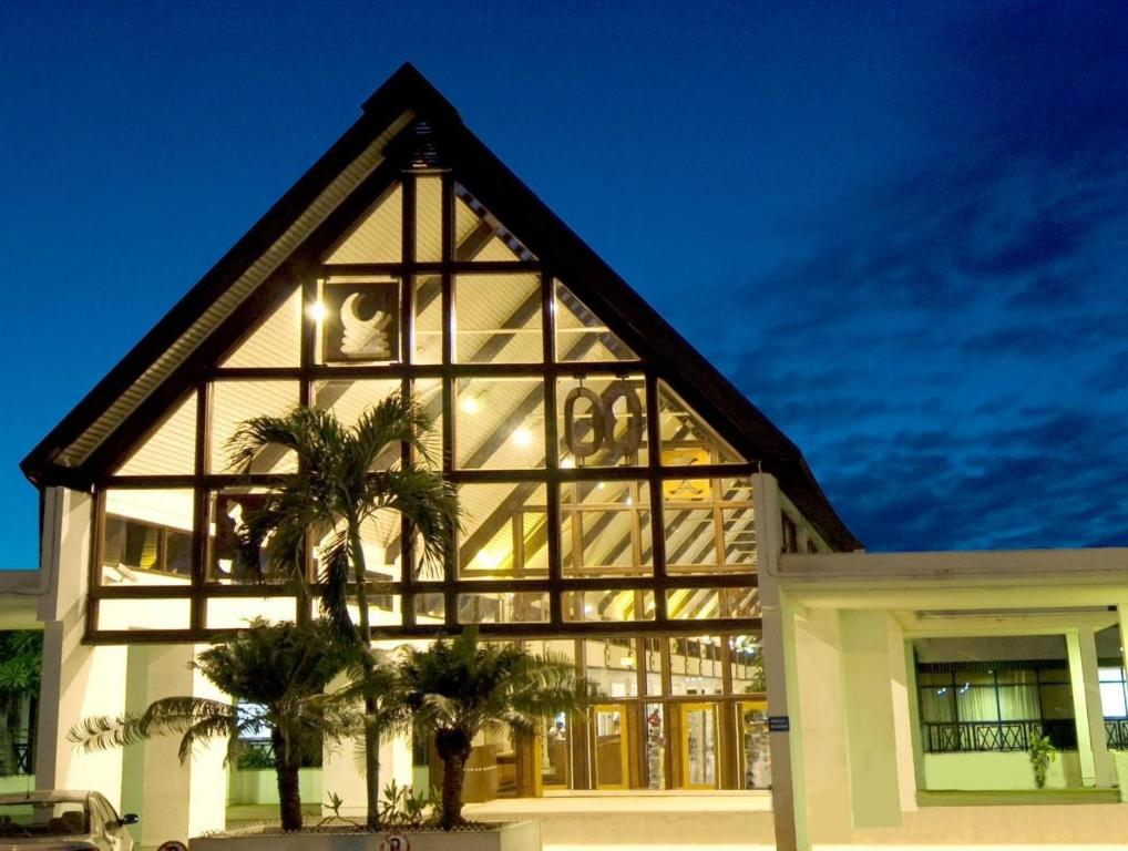 More about Golden Tulip Accra Hotel