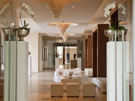 Lobby Oubaai Hotel Golf and Spa