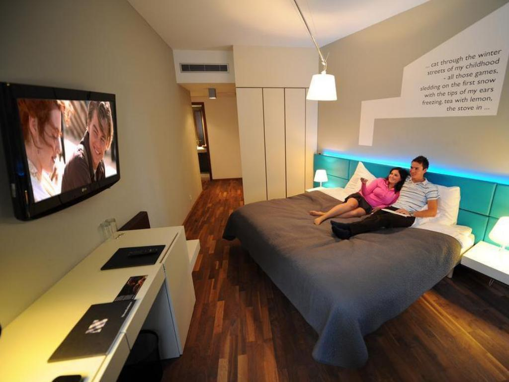 Best price on moods boutique hotel in prague reviews for Boutique prague
