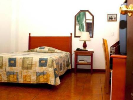 Single Room Villa Serena Flor Blanca
