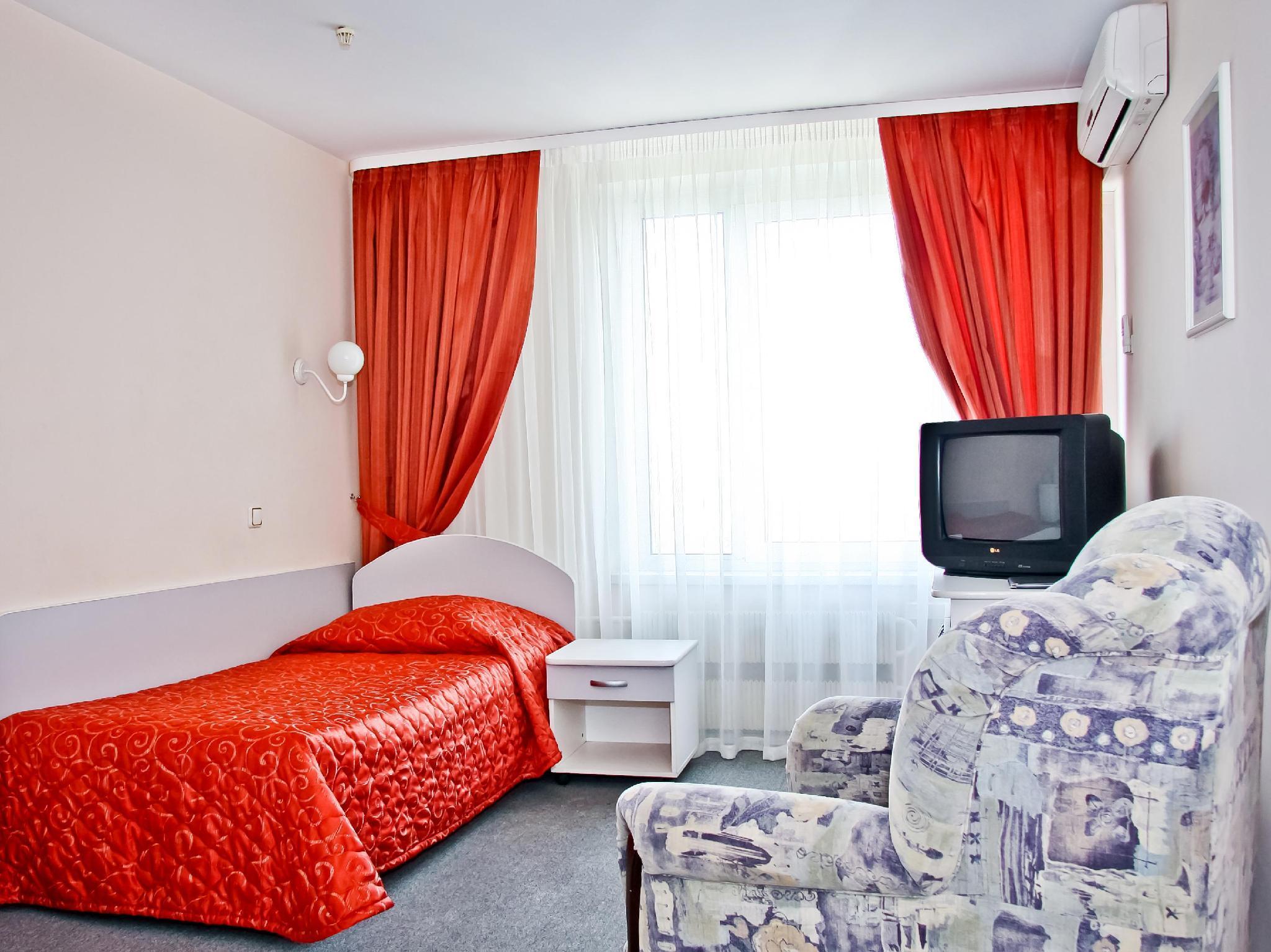 Best Price on Zvezdnaya Hotel in Moscow + Reviews