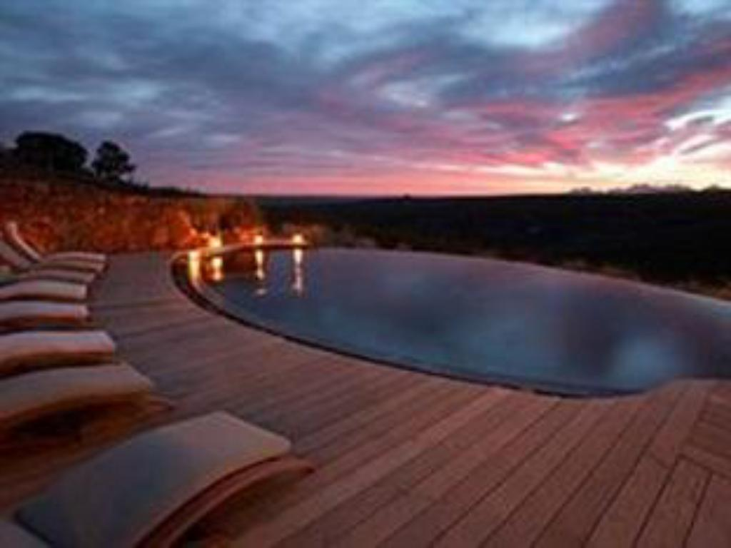 Swimming pool Gondwana Game Reserve Hotel