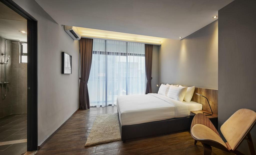 Standard Suite Bed