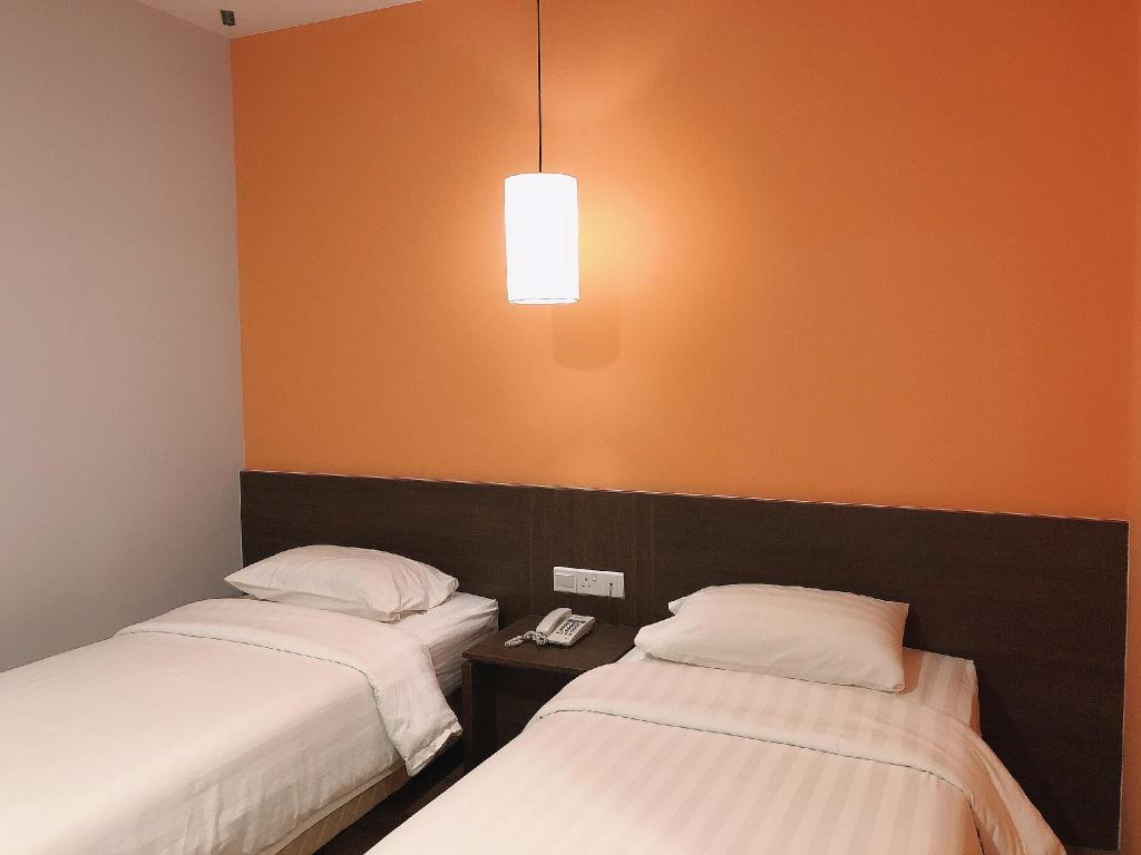 Business Twin - Bed GPI Hotel