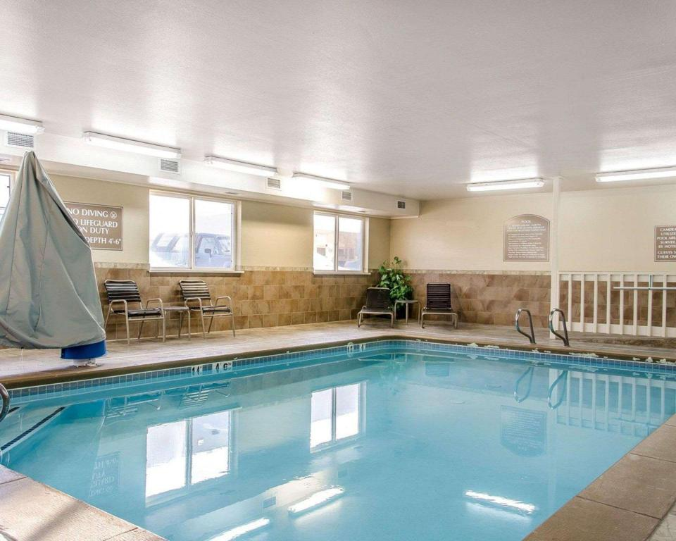 Quality Inn Suites In Twin Falls Id Room Deals Photos Reviews