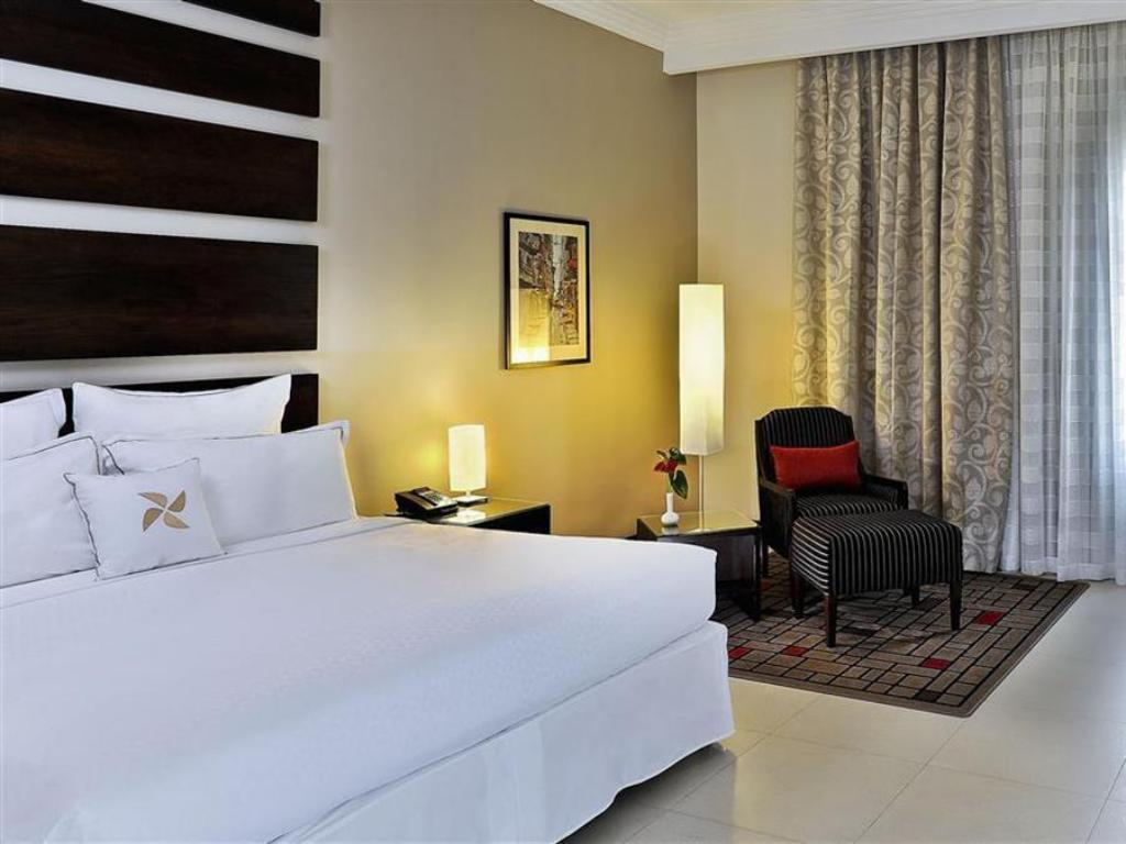 חדר אורחים - מיטה Four Points by Sheraton Lagos