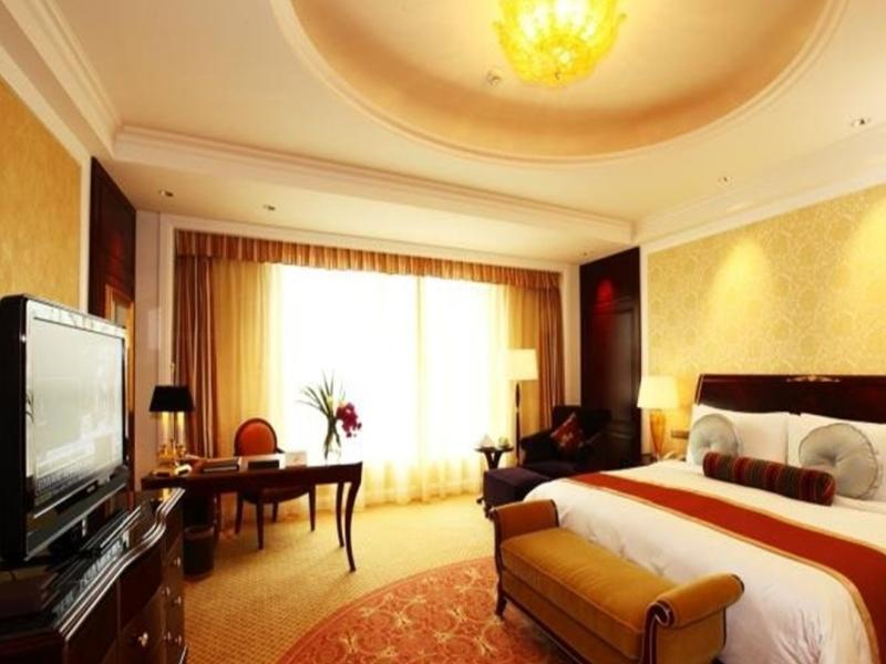 Winter Package - Deluxe Double or Twin Room