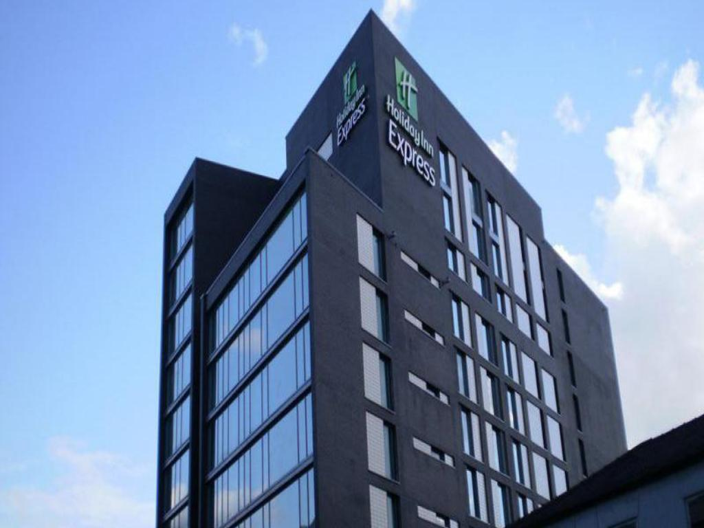 Holiday Inn Express Manchester City Centre In United Kingdom Room