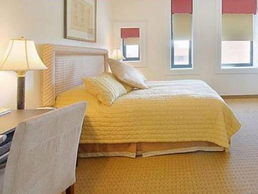 Hotel Brexton In Baltimore Md Room Deals Photos Reviews