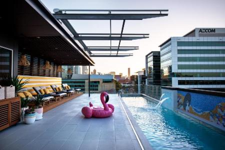 مسبح خارجي أوفولو ذا فالي بريسباين (Ovolo The Valley Brisbane)