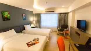 Grand Tower Inn Sathon