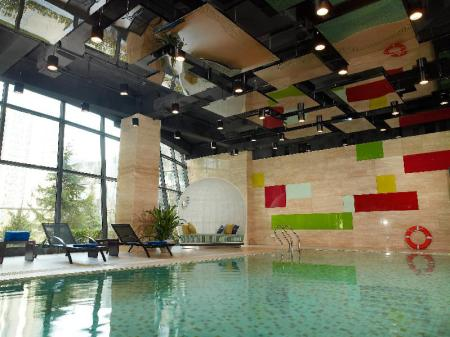 Swimming pool Aloft Beijing, Haidian