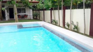 Alona Studio Bungalow with your own private pool.