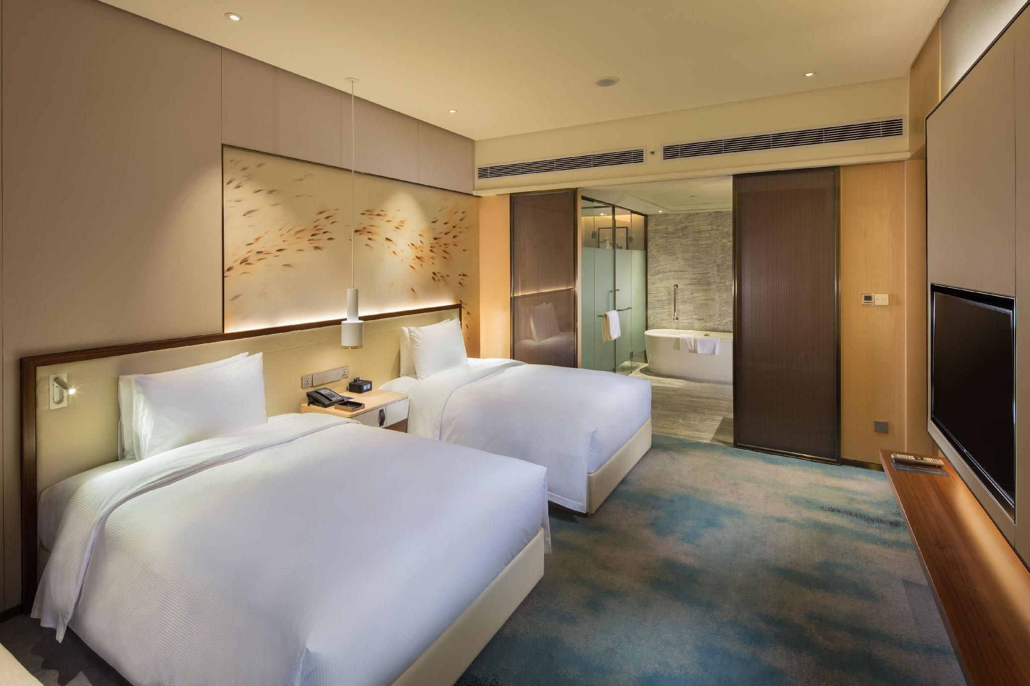 Twin Executive Deluxe Room