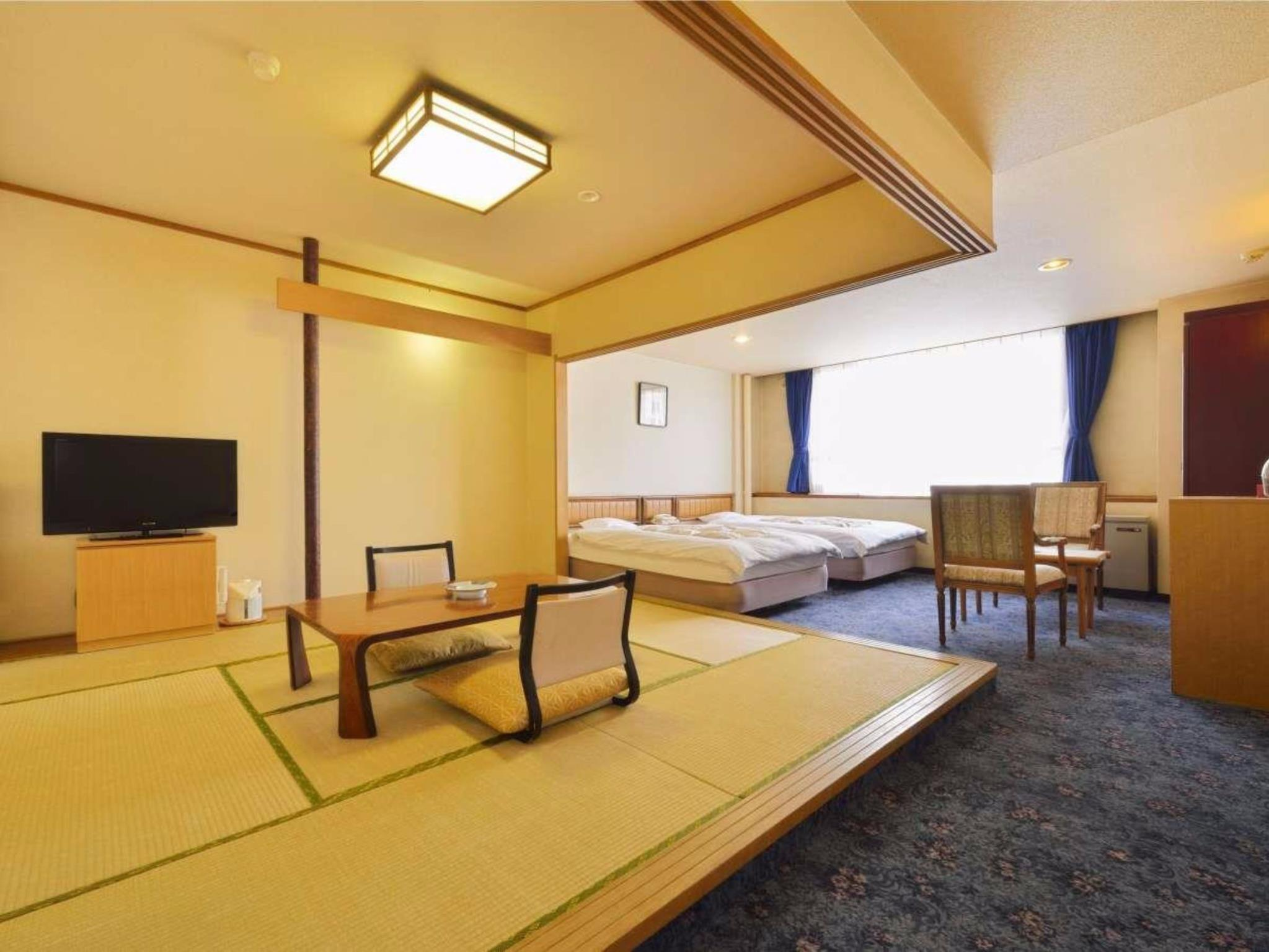 Standard Room with Tatami Area - Non-Smoking