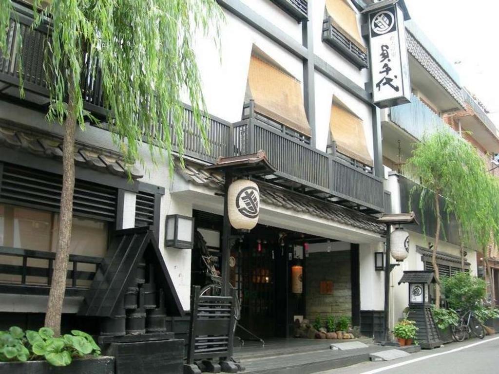 Sukeroku no yado sadachiyo ryokan in tokyo room deals - Ryokan tokyo with private bathroom ...