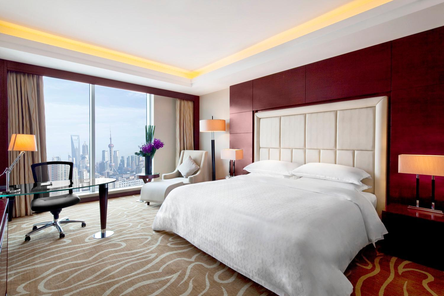 Club Deluxe Room, Club level, Guest room, City view
