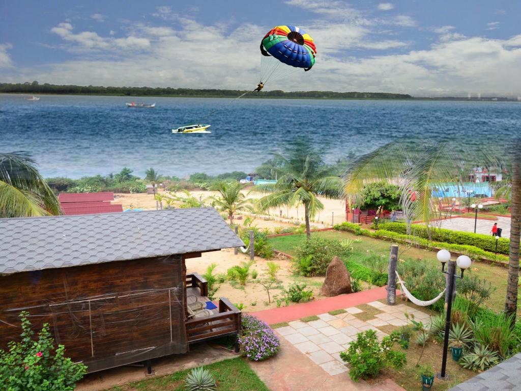Paradise Village Beach Resort Гоа